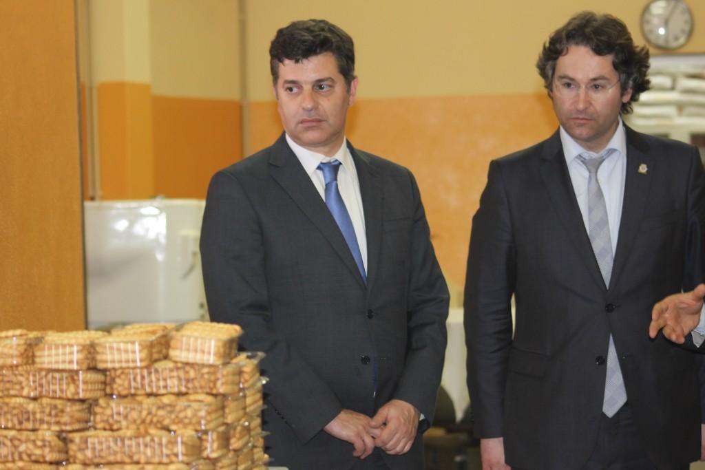 Manuel Caldeira Cabral visitou empresas, acompanhado do presidente da Câmara de Valongo