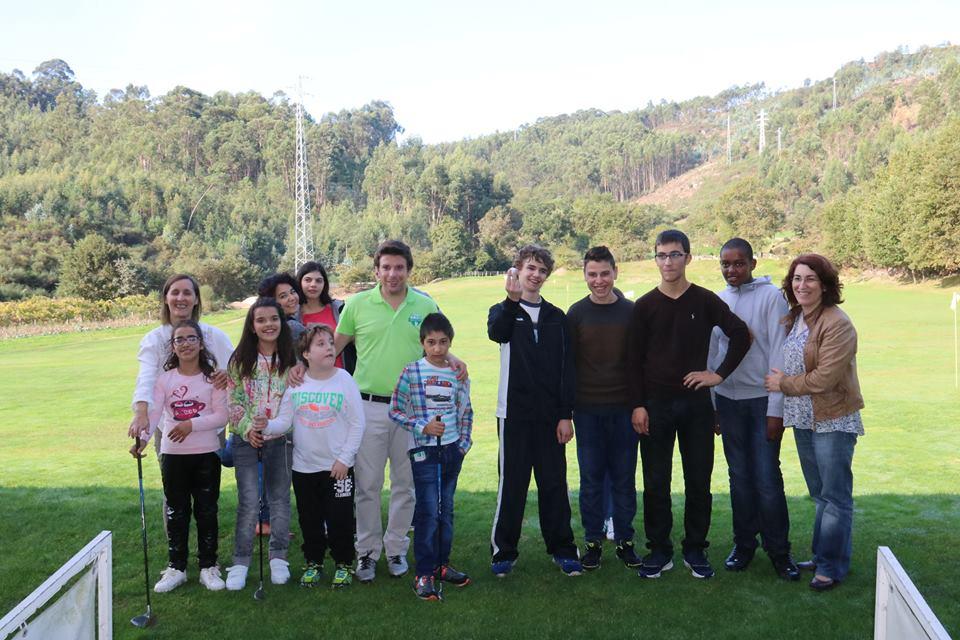 Golfe para jovens e adultos com deficiência