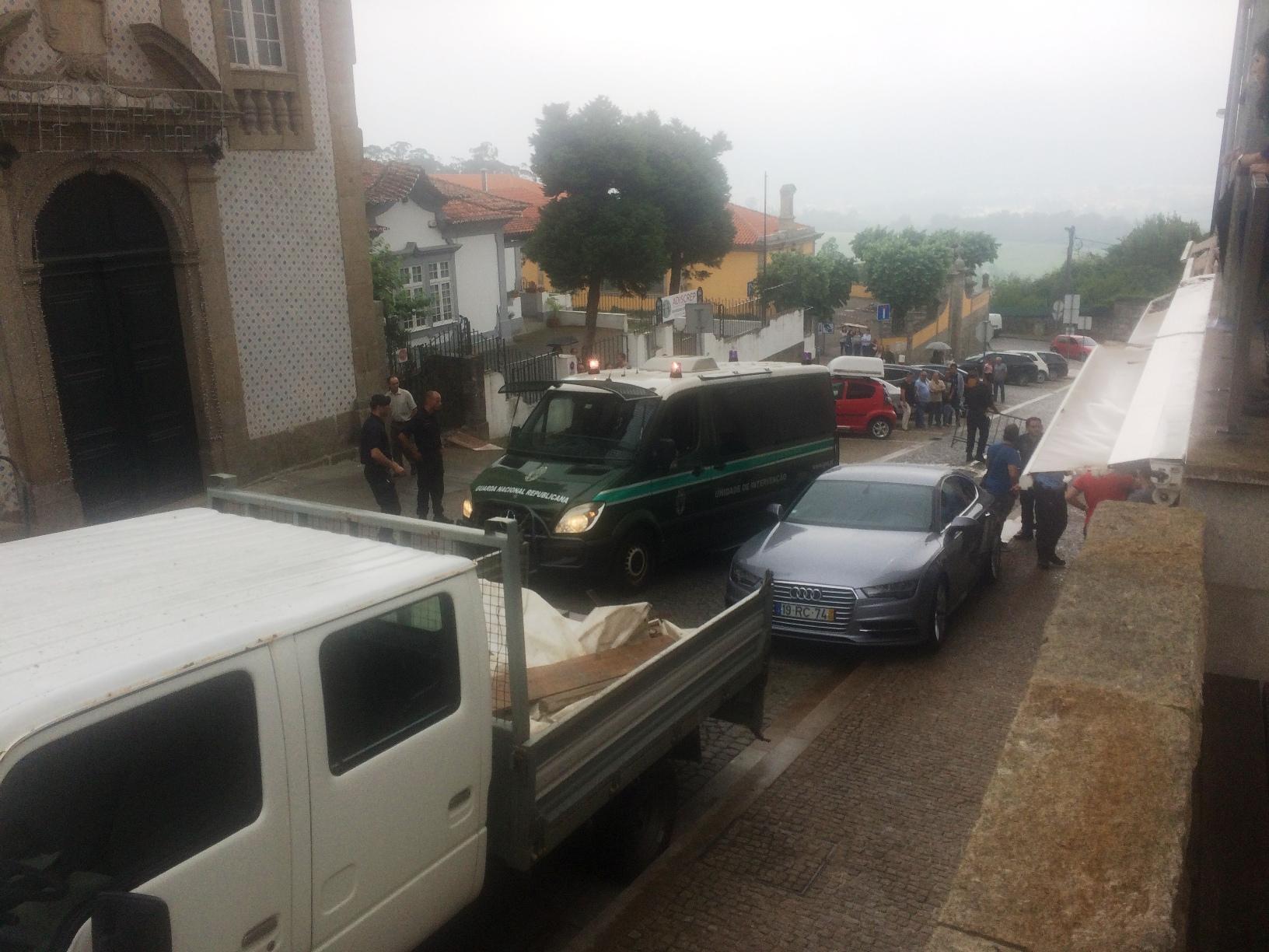 Perseguição policial após tentativa de assalto no centro de Penafiel